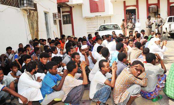 file-26-Jazan-police-arrested-illegals-expats-01