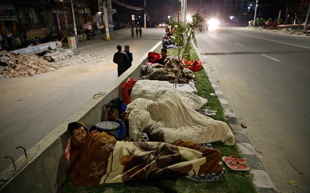 nepal-street-sleep_3281264b